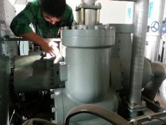 工业冷水机维修 (1)